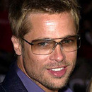 Brad Pitt wears Aviator